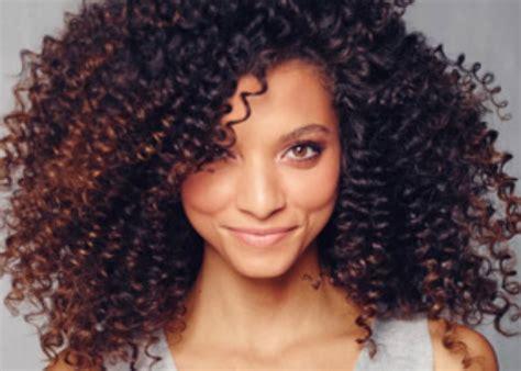 Krullend Haar by 14 Kapsels Die Het Beste Passen Bij Krullend Haar Curly