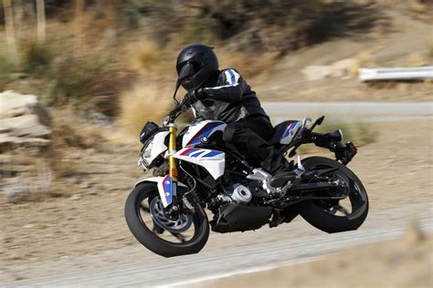 bmw gr bmw g 310 r preview bmw s newest roadster priced from rm