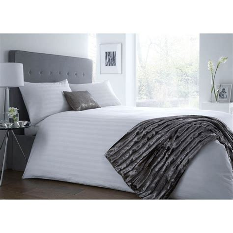 Jasper Conran Bedding Sets J By Jasper Conran White Sateen Stripe Bedding Set Now 81 00 90 00 Deals And Coupons