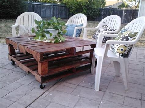 Patio Table From Pallets by 12 Amazing Diy Pallet Outdoor Furniture Ideas Pallets