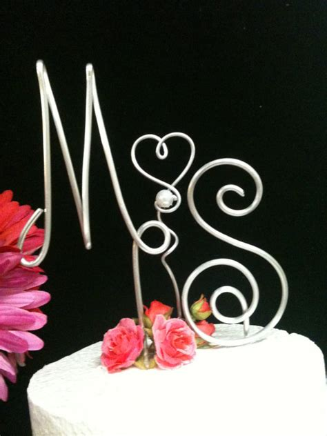 made by maria wire wedding cake topper