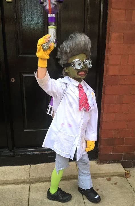 pvz plants  zombies garden warfare scientist halloween