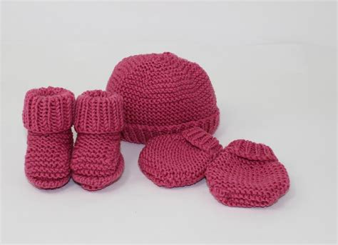 knitting pattern baby mittens new baby booties beanie and mittens set