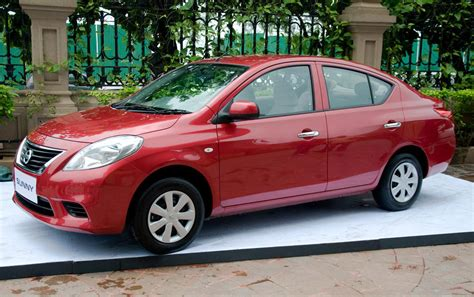 Nissan Sunny India Interior Pictures Xl And Luxury Car