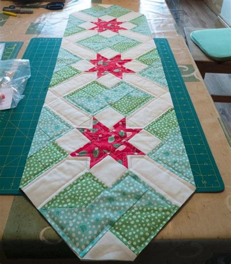 Quilting: Free Star Crossing Table Runner Pattern from CB