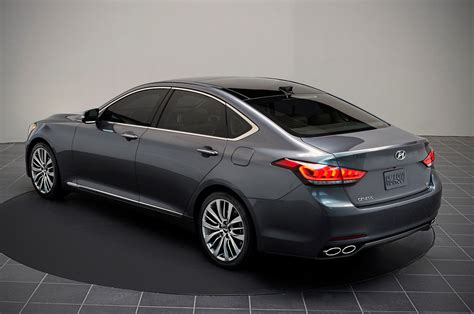 hyundai genesis 2015 hyundai genesis rear photo 45