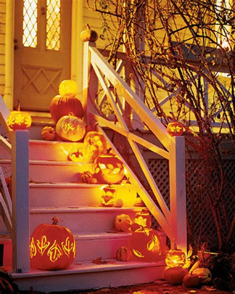 scary halloween themes ideas 25 cool outside halloween decorations ideas magment