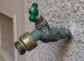 leak leaky outdoor faucet when using spray nozzle home