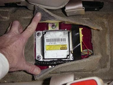 airbag deployment 2006 saturn ion on board diagnostic system gm saturn airbag air bag black box edr event data recorder sdm deployment accident sdm