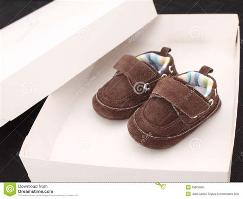 brown baby shoes brown baby shoes royalty free stock images image 19901869