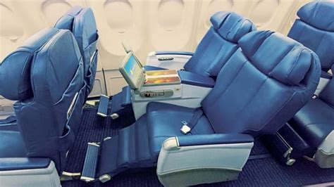 Limited Recline Seat by Flight Test Hawaiian Airlines Business Class