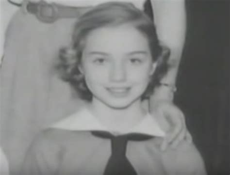 Hillary Clinton S Childhood | biography of hillary clinton