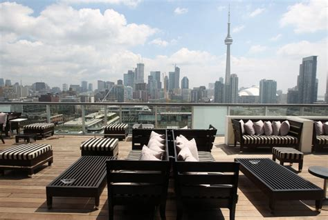 toronto top bars the fashion pack s preferred party places toronto star