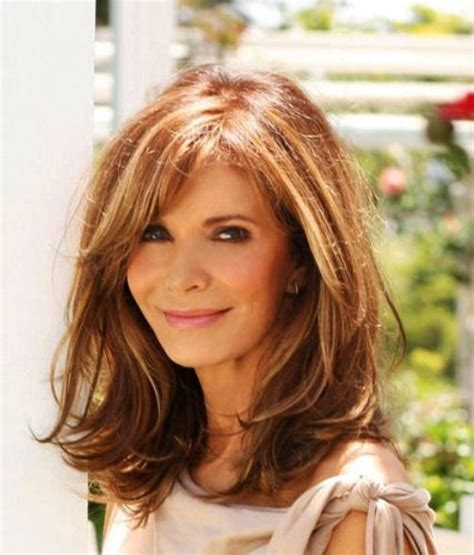 best hair color for 60 year old brunette woman best 25 older women hairstyles ideas on pinterest