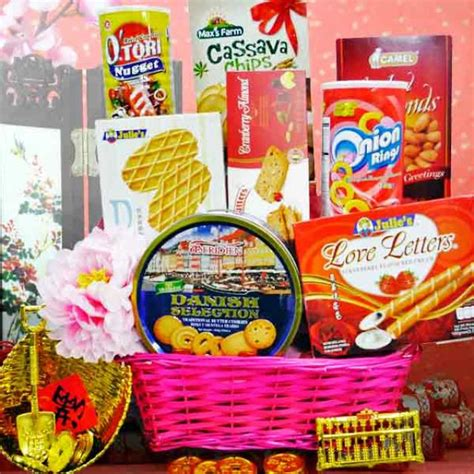 chinese new year her gift basket singapore delivery