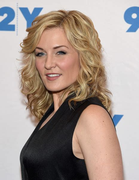 amy carlson amy carlson photos photos blue bloods 150th episode