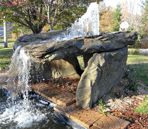 cascate artificiali da giardino cascate pietra giardino acqua come realizzare una