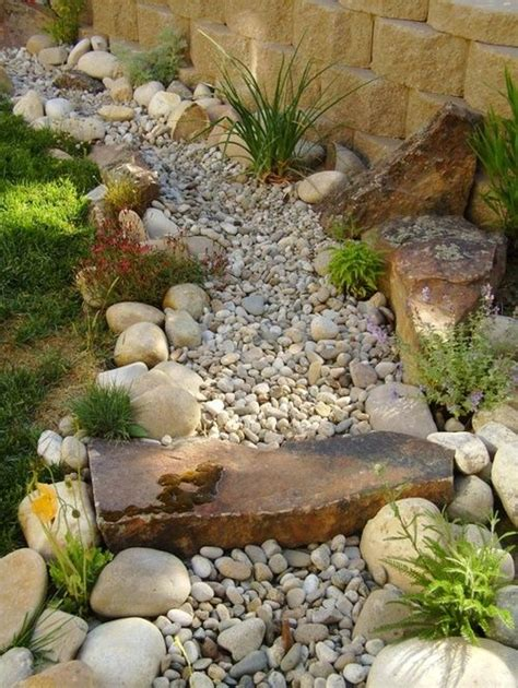 dry river bed landscaping 25 best ideas about dry riverbed landscaping on pinterest