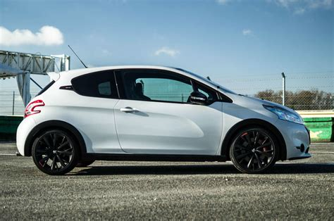 Peugeot 208 Gti 30th Anniversary Review How It Should Ve