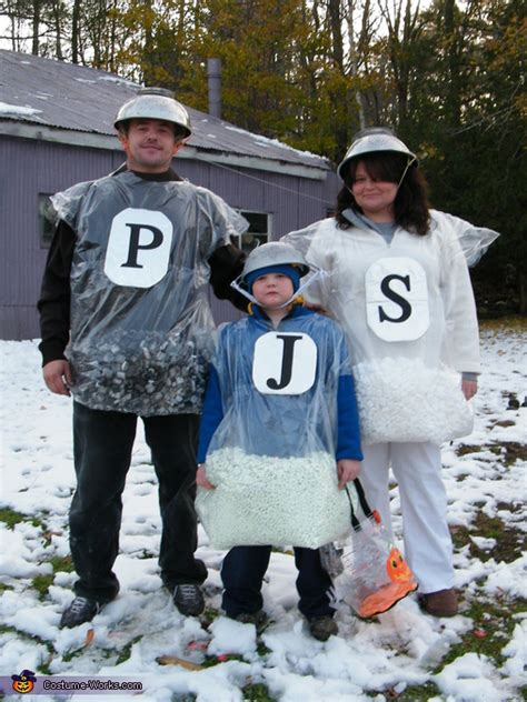 salt pepper costume  families