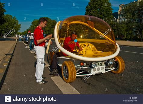 12 Funniest Looking Electric Cars by Futuristic Looking Electric Car Courreges Zooop Ev