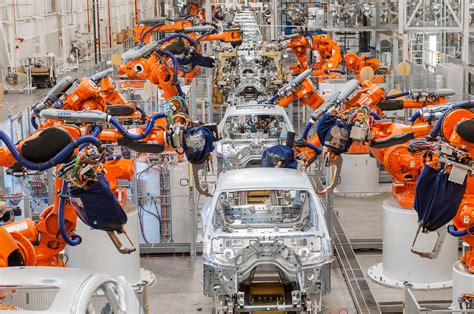 bmw factory assembly line bmw spartanburg robotic welding line photo 6