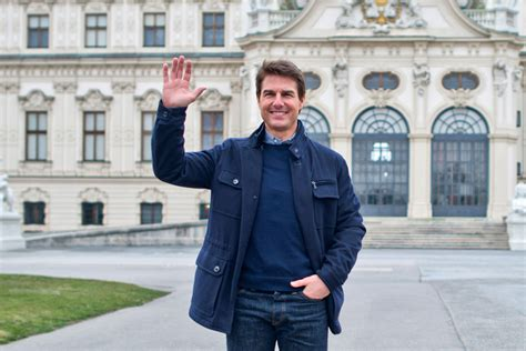 tom cruise film in space tom cruise oblivion superstar wants to travel to space