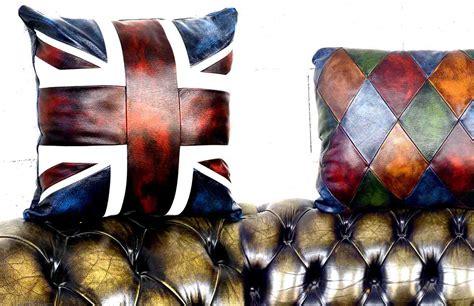 cuscini pouf pouf poggiapiedi e cuscini personalizzati chesterfield