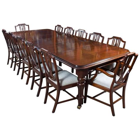 Antique Mahogany Dining Table And Chairs Antique Mahogany Dining Table With 12 Shield
