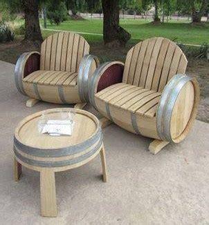 Salon De Jardin En Tonneau 3723 by Id 233 Es Pour Recycler Des Tonneaux En Bois