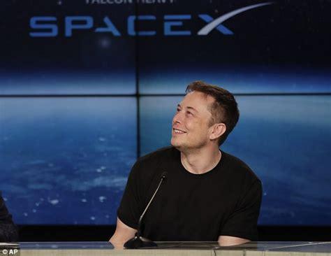 elon musk internet service spacex gets u s regulator to back satellite internet plan