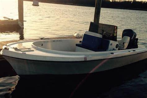 city island boat rental rent a classic mako 19 19 motorboat in city island ny on
