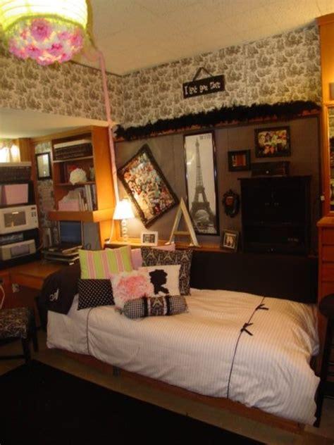 dorm life creating a cool college dorm room dig this design 98 best dorm room design images on pinterest college