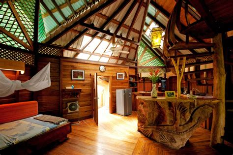 tree house hotel tree house hotel eco hotel guide heart of a vagabond