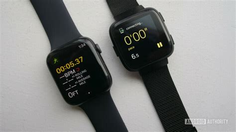 Fitbit Versa Vs Apple Series 4 by Fitbit Versa Vs Apple What S The Best Smartwatch For You