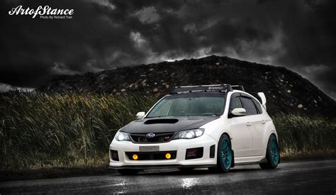 subaru impreza hatchback modified wallpaper subaru impreza hatchback wallpaper image 161