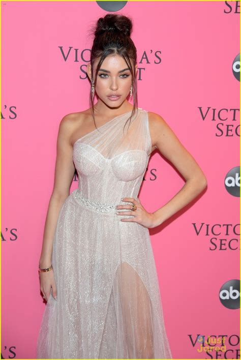 madison beer lyrics hurts like hell madison beer hits vs fashion show after party before