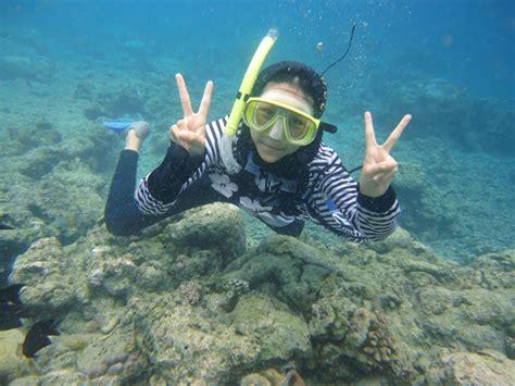 Kaos Muslimah Kirana Murah snorkeling di bunaken dina y sulaeman