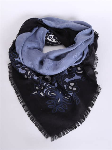 louis vuitton limited trunk flower monogram shawl blue