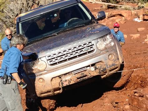 photo of the day land rover lr4 blazes trail for new 2013