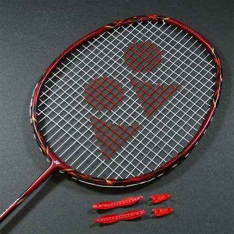 Raket Yonex Voltric 80 Etune yonex voltric 80 e tune badminton racket direct badminton