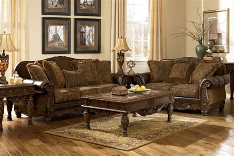 Traditional Style Furniture Living Room by What Of Furniture Is Best For Your Living Drawing