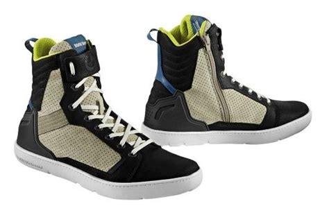 bmw laars sneaker ride motorhoutrust