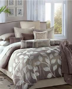 jacquard taupe beige 12 comforter