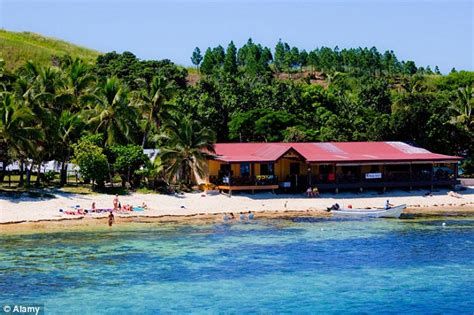 boating accident uk family of australian man killed in fiji boating accident