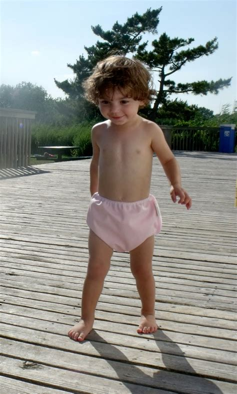 kids wearing wet diapers girls 8 year old girl in diapers images usseek com