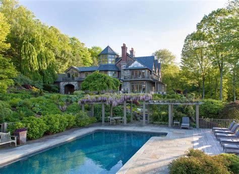 bedford new york bruce willis buys storybook new york estate for 9 million