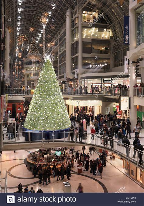swarovski christmas tree at toronto eaton centre shopping