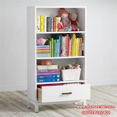 Rak Buku Gantung Anak set meja belajar anak balita with rak buku kamar set