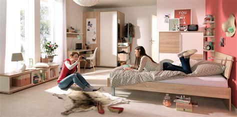Kinderzimmer Gestalten Junge Dachschräge by Jugendzimmer Streichen Muster